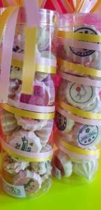 Juffen Bedankjes koker met gepersonaliseerd meringue