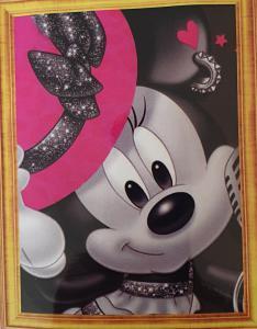 Diamond Painting Minnie met roze hoed 30 x 40 cm