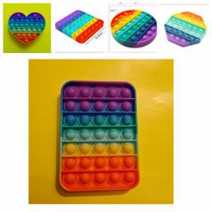 Rainbow POP-IT- 5 verschillende regenboog vormen